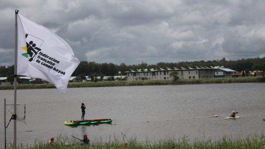 Kayak-polo sur le lac Bois Chaudat